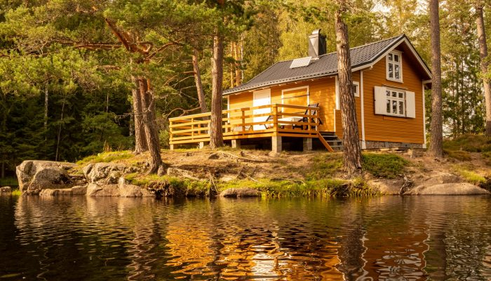 Off-grid Norwegian cabin in the woods powered by solar energy